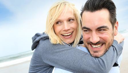 Prohylaxe hilft Zähne ein Leben lang zu erhalten